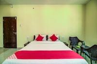 OYO 28581 Hotel Sitara