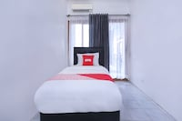 OYO 426 Hotel Gading Resto
