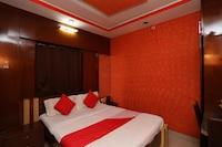 OYO 28644 Hotel Nilanjana Saver