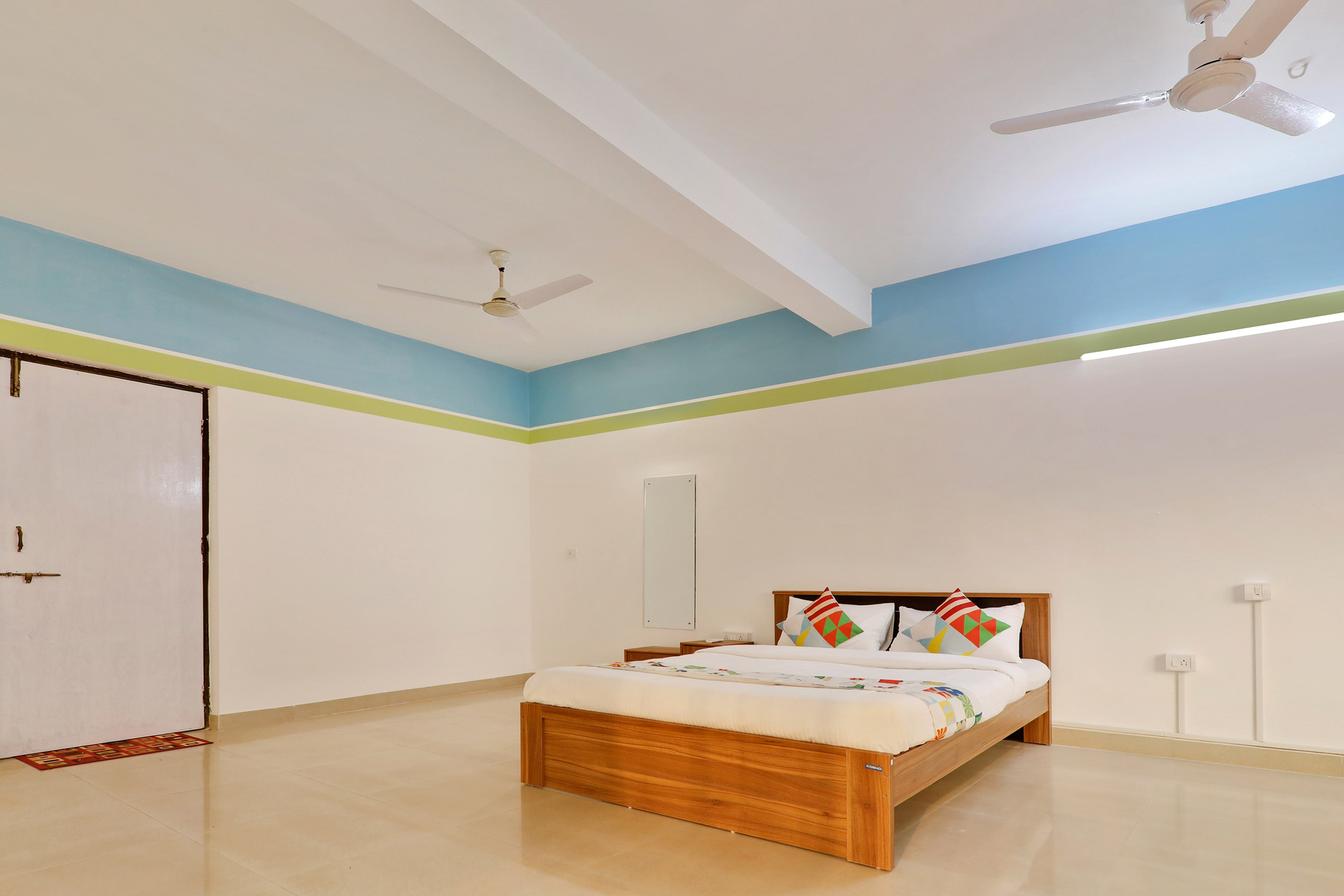 Hotel Gallarey OYO Home 28663 Exotic 3BHK Apartment Assagaon