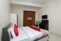 OYO 28682 Hotel Devika