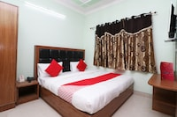 OYO 28717 New Paras Guest House