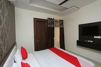 OYO 28718 Hotel Vyom Vilas