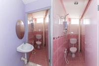 OYO 745 Bromedy Motel Suite