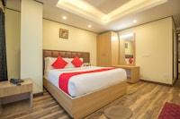 OYO 28741 Hotel Potala Deluxe