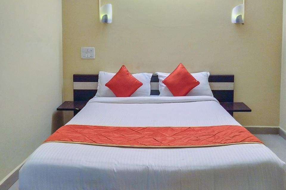 OYO 28750 Ramas Residency