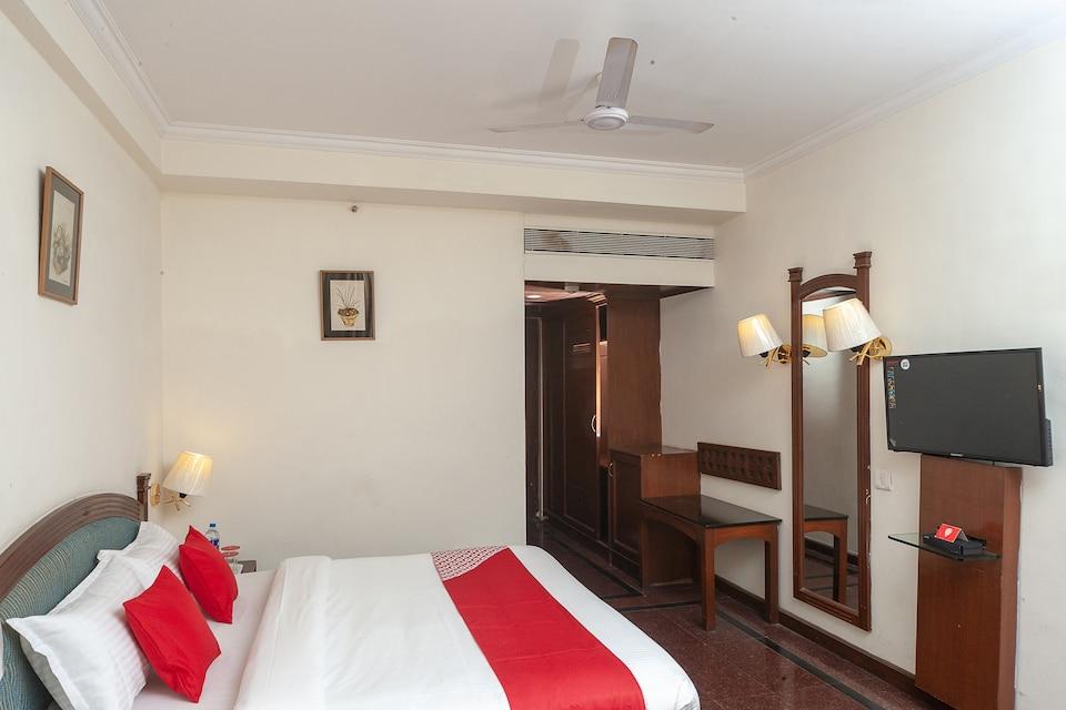 Capital O 28785 Simsan Hotel