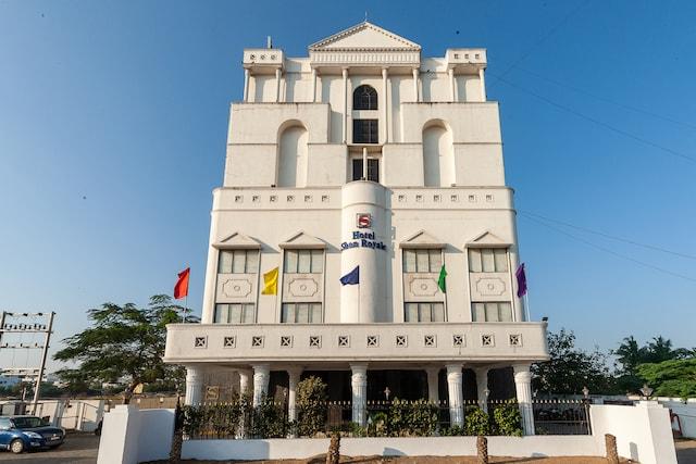 Capital O 28785 Simsan Hotel Deluxe