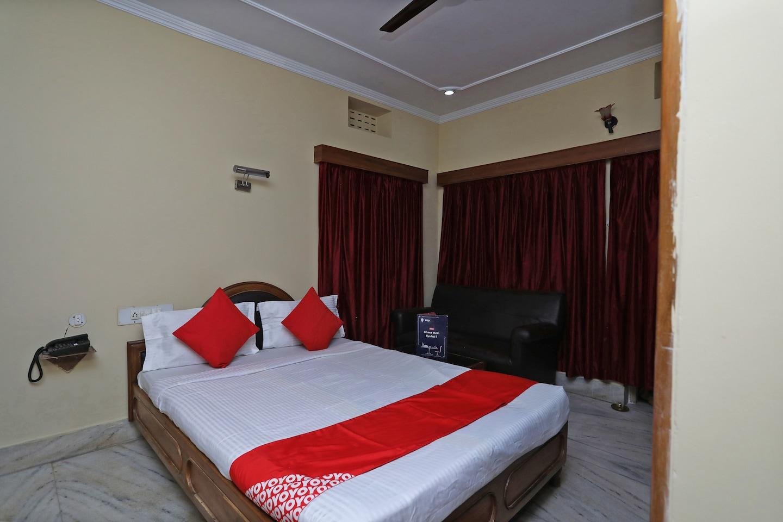 OYO 28797 Hotel Sea Queen Inn -1