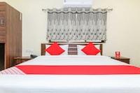 OYO 28817 Sai Palace Guest House