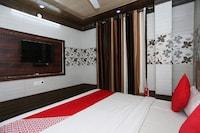 OYO 28835 Hotel Star