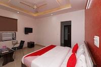 OYO 28849 Hotel Sunshine
