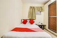 OYO 28851 Surya Residency Saver
