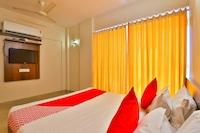 OYO 29002 Hotel Rivera Golden Crown Deluxe