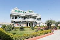OYO 29003 Naman Palace