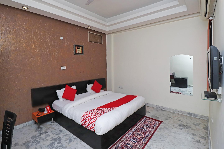 OYO 29008 Mannat Residency Hotel -1