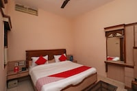 OYO 29010 Hotel Saiom Palace