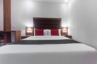 Capital O 29025 Hotel Seven Olive