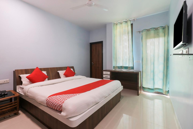 OYO 29046 Hotel Jln -1