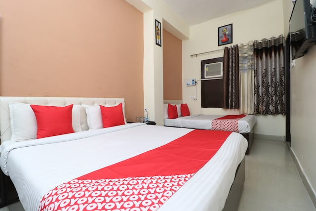 OYO 29059 Hotel Green Tower Suite