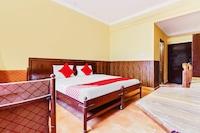 OYO 29077 Hotel Ratandeep