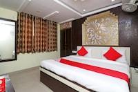 OYO 29104 Hotel Maharaja Saver