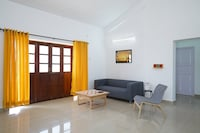 OYO 29106 Colorful 2BHK