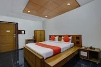 Capital O 29130 Brindhavan Hotels Suite