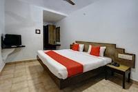 OYO 29130 Brindhavan Hotels Deluxe