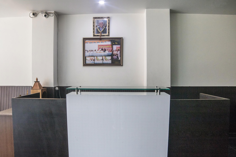 OYO 29136 Hotel Shivalaya