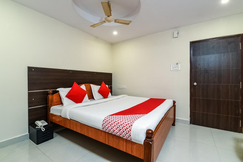 OYO 29147 B Hotel -1