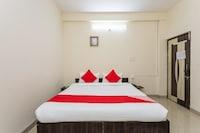OYO 29148 Hotel Meena Sadan