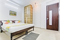 OYO Home Luxe 29197 Lavish Stay Near Rajendra Place Metro
