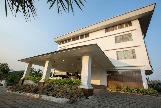 Palette - Periyar Resort Deluxe