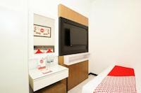 OYO 473 Darmo Permai Guesthouse