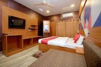 OYO 29245 Hotel E Square
