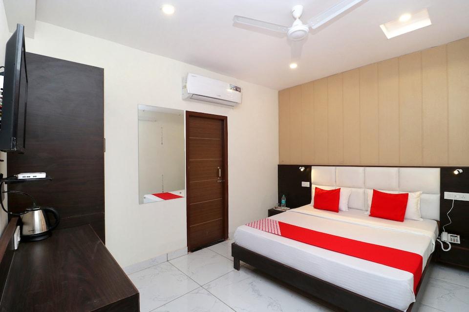 Capital O 29265 Hotel Gold