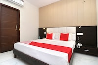 Capital O 29265 Hotel Gold Deluxe