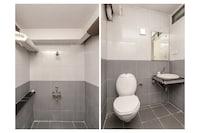OYO 29267 Hotel Akash Inn