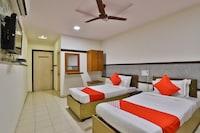 OYO 29275 Hotel Mayura