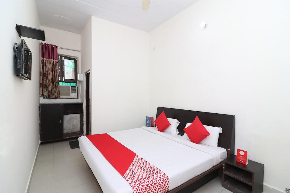 OYO 29283 Hotel Galaxy Inn
