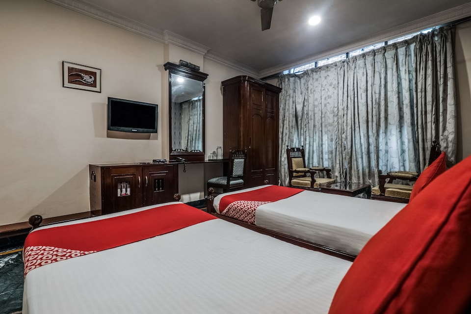 OYO 11316 Athithi Inn, Ameerpet, Hyderabad