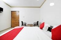 OYO 29303 Hotel West Inn