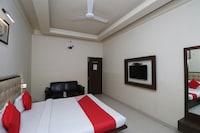 OYO 29307 Hotel Mohan Palace Farukhabad