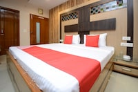 OYO 29312 Hotel Royal's