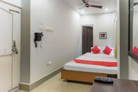 OYO 29333 Raghunandan Residency Saver