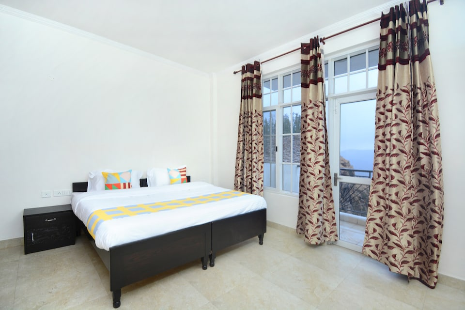 OYO Home 29340 Enticing 2BHK Apartment Kamyana
