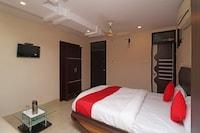 OYO 29345 Hotel Samrat