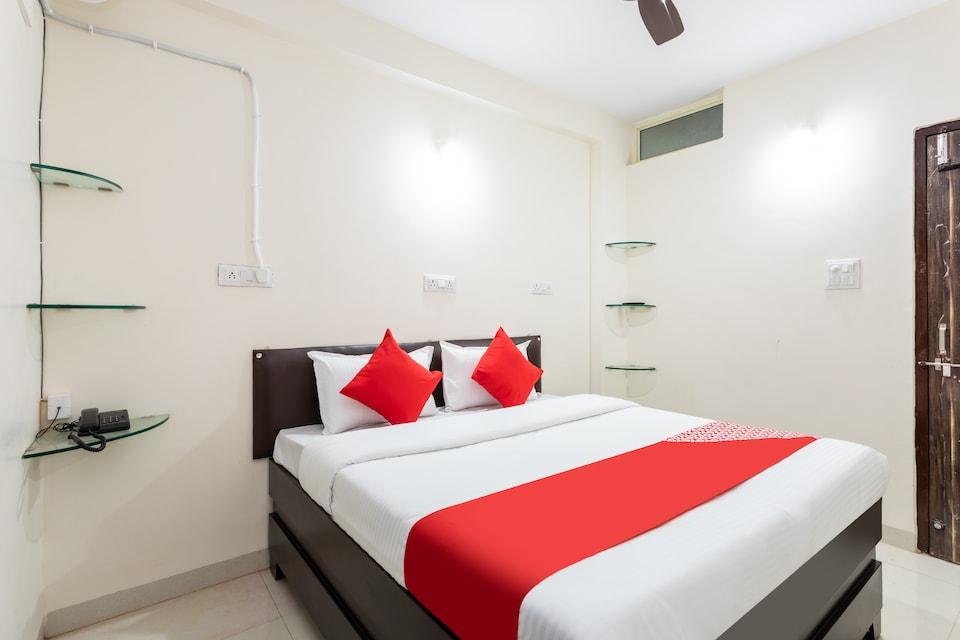 OYO 29431 Hotel Nagar