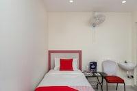 OYO 29515 R2 Rooms